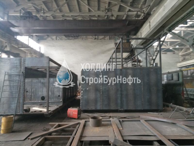 Сварочный участок на производстве резервуаров